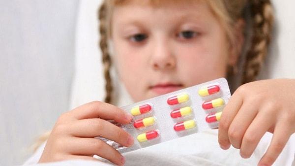 Nguyên nhân, dấu hiệu và cách điều trị bệnh hoang tưởng ở trẻ em 1