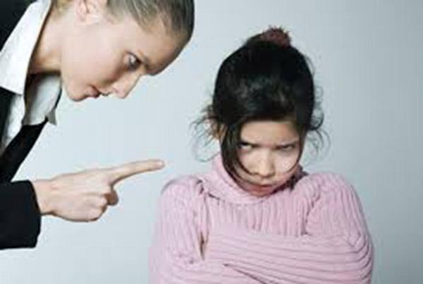 những cách dạy hư con nên tránh mà các bậc cha mẹ nên biết